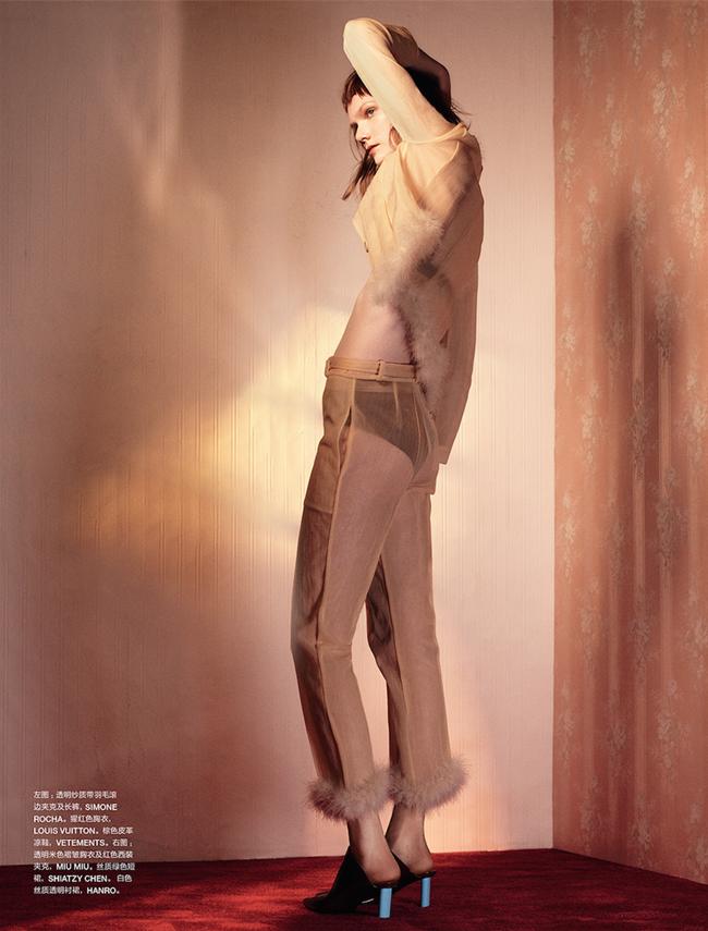NUMERO CHINA Marland Backus by Dario Catellani. Vittoria Cerciello, March 2015, www.imageamplified.com, Image Amplified (4)