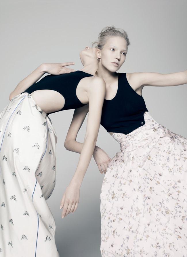V MAGAZINE Sasha Luss & Daria Strokous by Pierre Debusschere. Tom van Dorpe, Spring 2015, www.imageamplified.com, Image Amplified (3)