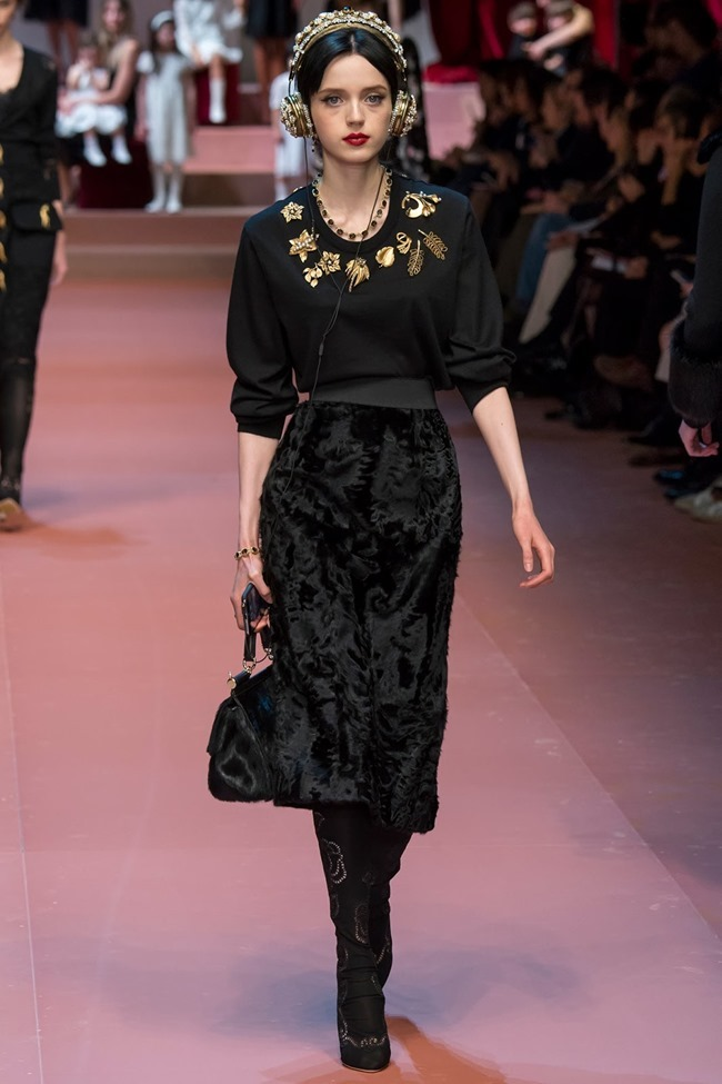 MILAN FASHION WEEK Dolce & Gabbana Fall 2015. www.imageamplified.com, Image Amplified (36)