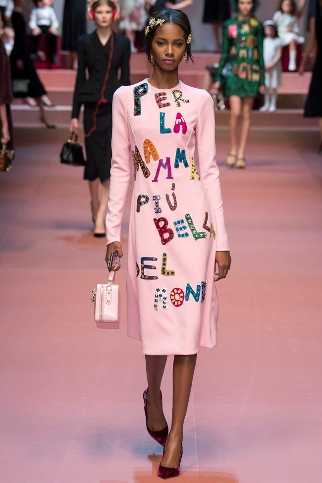 MILAN FASHION WEEK Dolce & Gabbana Fall 2015. www.imageamplified.com, Image Amplified (46)