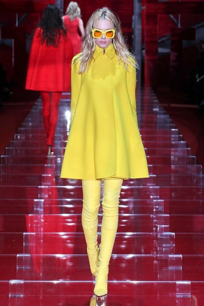 MILAN FASHION WEEK Versace Fall 2015. www.imageamplified.com, Image Amplified (10)