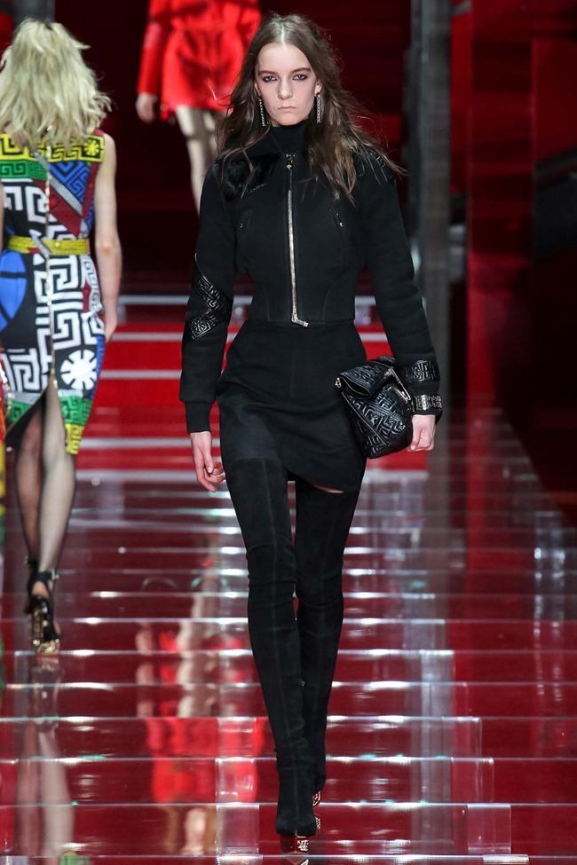 MILAN FASHION WEEK Versace Fall 2015. www.imageamplified.com, Image Amplified (23)
