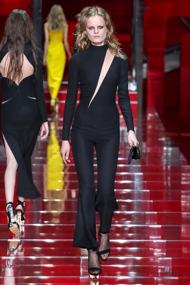 MILAN FASHION WEEK Versace Fall 2015. www.imageamplified.com, Image Amplified (46)