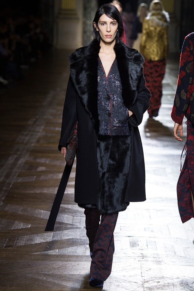 PARIS FASHION WEEK Dries Van Noten Fall 2015. www.imageamplified.com, Image Amplified (11)