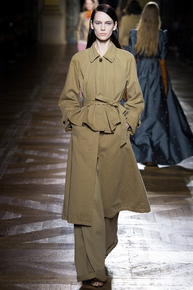 PARIS FASHION WEEK Dries Van Noten Fall 2015. www.imageamplified.com, Image Amplified (43)