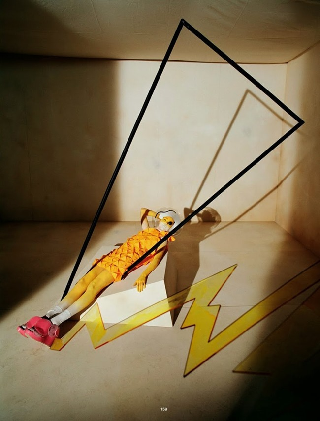 DAZED & CONFUSED Gravitys Rainbow by Tim Walker. Clemence Lobert, Spring 2015, www.imageamplified.com, Image Amplified (4)