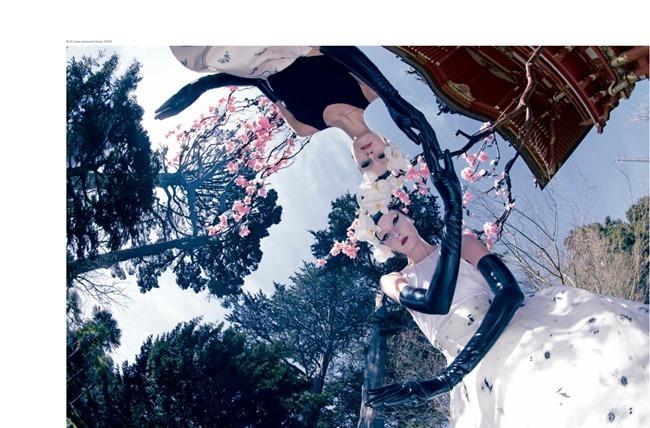 MOJEH MAGAZINE Alexa Yudina & Nora Vai by Amber Gray. Santa Bevacqua, April 2015, www.imageamplified.com, Image Amplified (5)