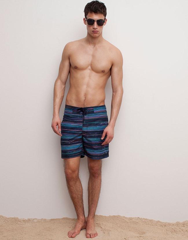 LOOKBOOK Alessio Pozzi for Pull & Bear Spring 2015 Beachwear. www.imageamplified.com, Image Amplified (3)