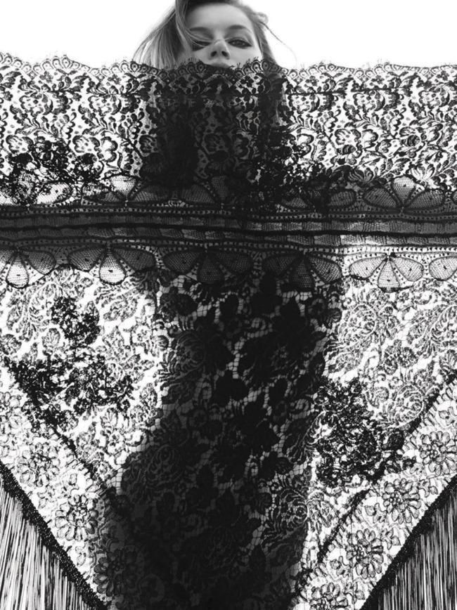 VOGUE BRAZIL Gisele Bundchen by Inez & Vinoodh. Daniel Ueda, May 2015, www.imageamplified.com, Image Amplified (3)