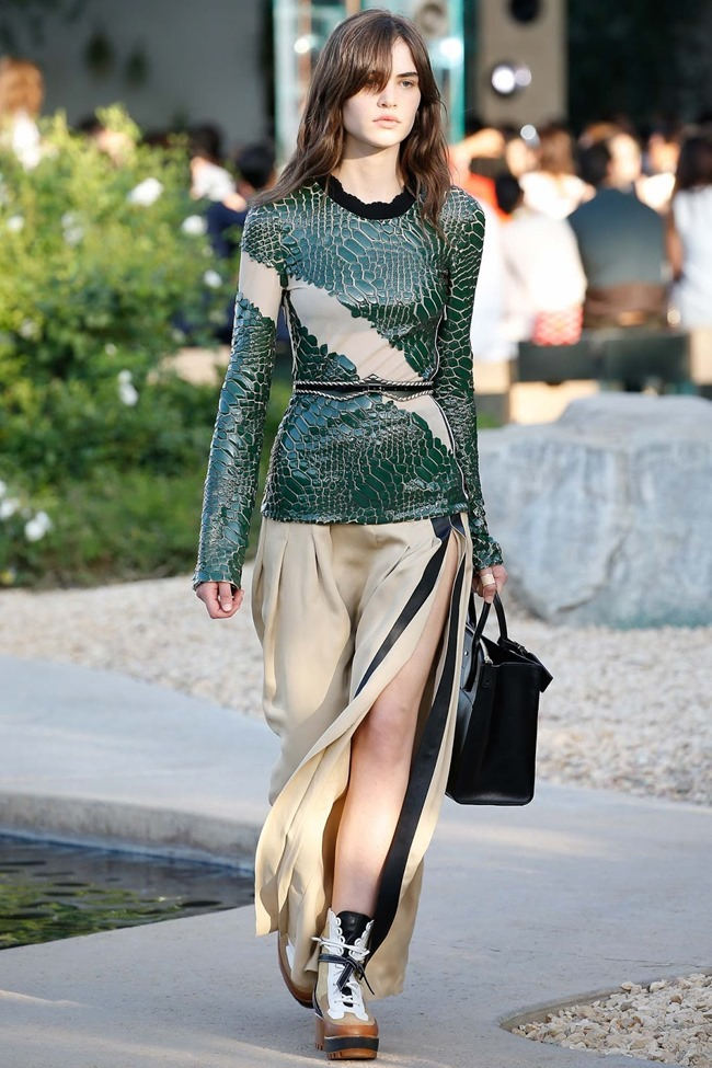 COLLECTION Louis Vuitton Resort 2016 Palm Springs. www.imageamplified.com, Image Amplified (22)