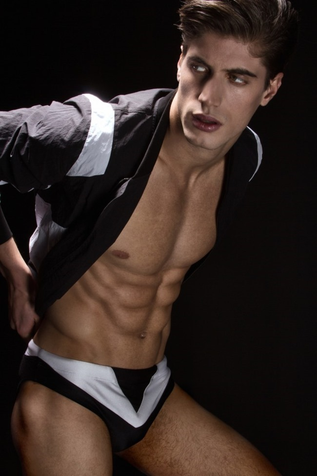 HUF MAGAZINE Santiago Ferrari by Lagaret. Mike Stallings, spring 2015, www.imageamplified.com, Image Amplified (5)