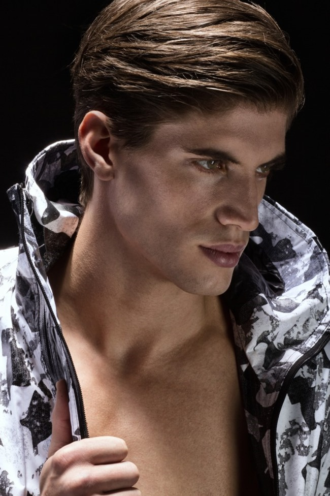 HUF MAGAZINE Santiago Ferrari by Lagaret. Mike Stallings, spring 2015, www.imageamplified.com, Image Amplified (2)