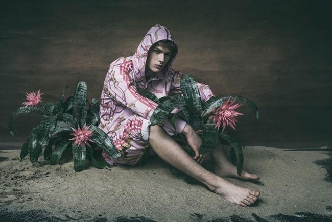 CHASSEUR MAGAZINE Dominik Sadoch by Zija Pioro. Kasia Laszcs, Summer 2015, www.imageamplified.com, Image Amplified (2)