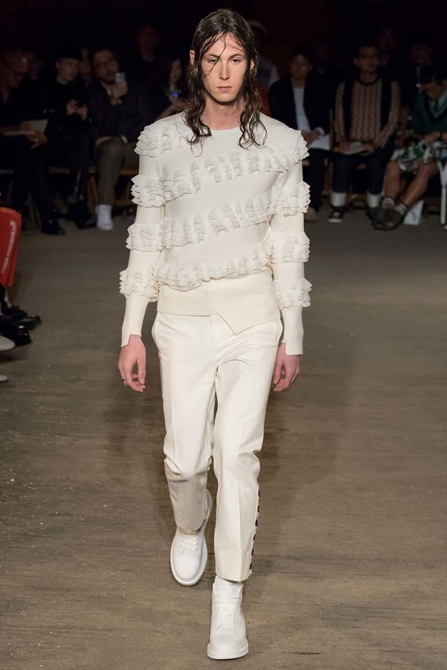 LONDON COLLECTIONS MEN Alexander McQueen Spring 2016. LCM, www.imageamplified.com, Image Amplified (12)