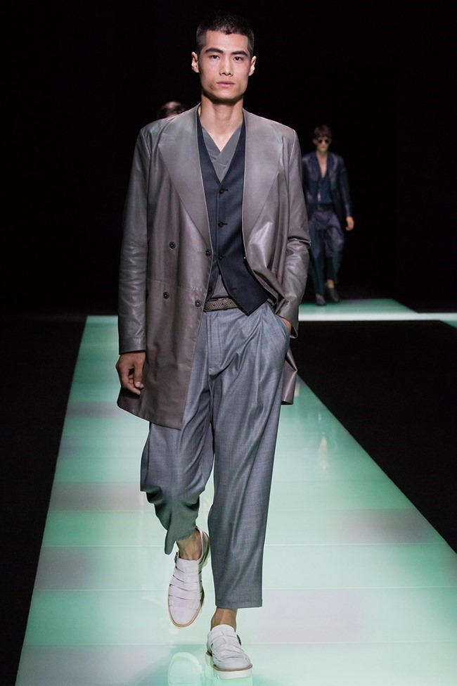 MILAN FASHION WEEK Emporio Armani Spring 2016. www.imageamplified.com, Image Amplified (34)