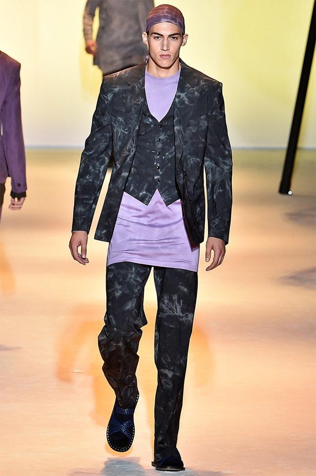 MILAN FASHION WEEK Versace Spring 2016. www.imageamplified.com, Image Amplified (24)