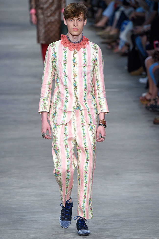 MILAN FASHION WEEK Gucci Spring 2016. www.imageamplified.com, Image Amplified (18)