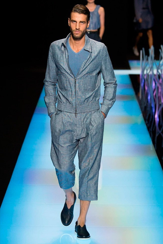 MILAN FASHION WEEK Giorgio Armani Spring 2016. www.imageamplified.com, Image Amplified (55)