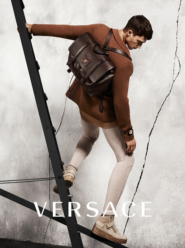CAMPAIGN Versace Fall 2015 by Mert & Marcus. David Bradshaw, www.imageamplified.com, Image Amplified (8)
