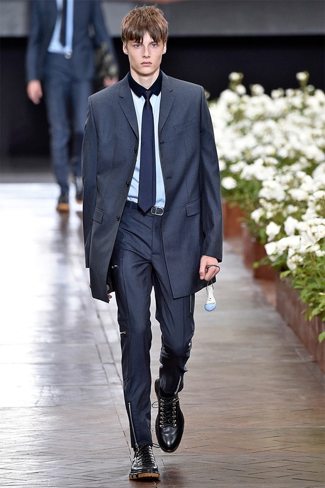 PARIS FASHION WEEK Dior Homme Spring 2016. www.imageamplified.com, Image Amplified (3)