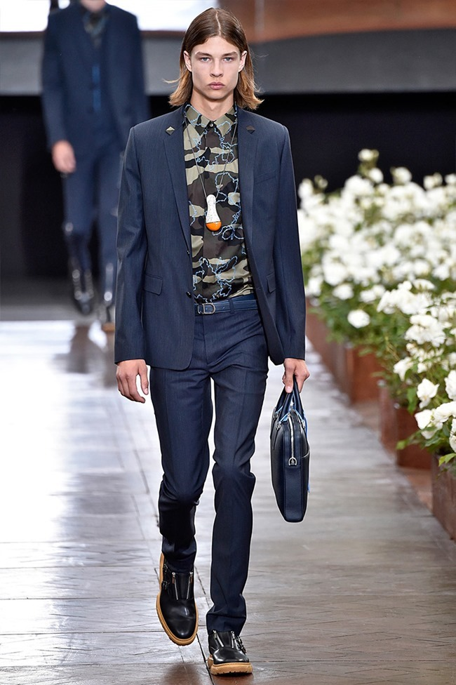 PARIS FASHION WEEK Dior Homme Spring 2016. www.imageamplified.com, Image Amplified (6)