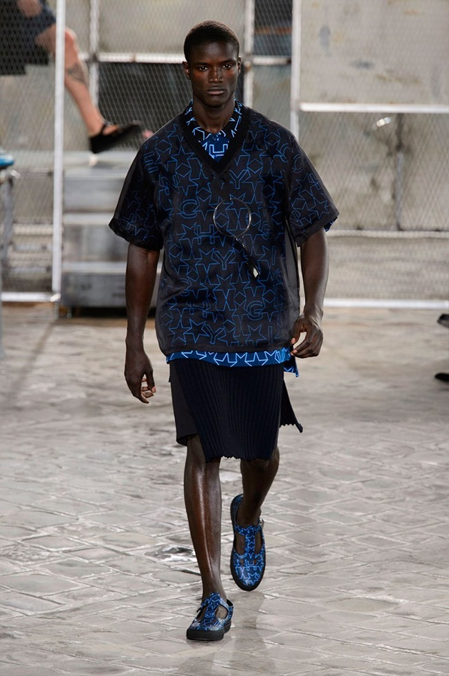 PARIS FASHION WEEK Givenchy Spring 2016. www.imageamplified.com, Image Amplified (19)