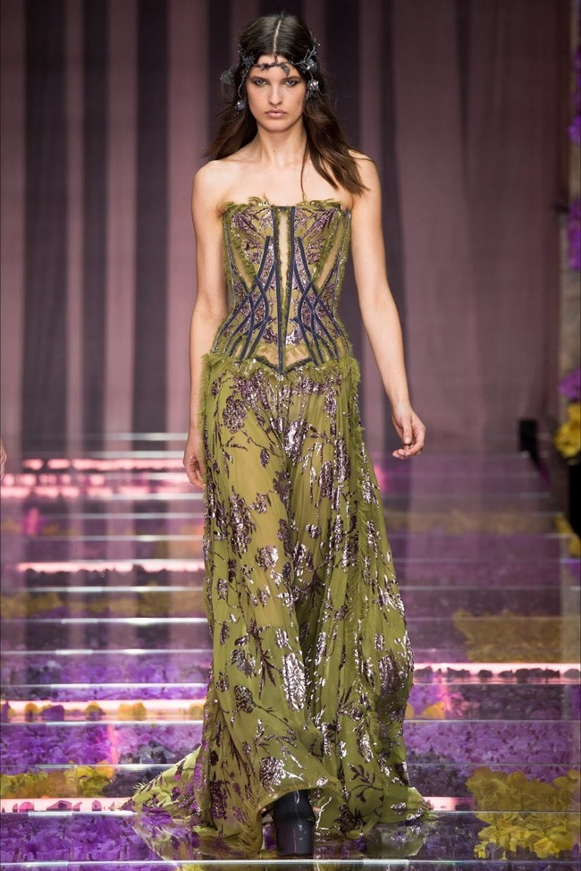 PARIS HAUTE COUTURE Atelier Versace Fall 2015. www.imageamplified.com, Image Amplified (15)