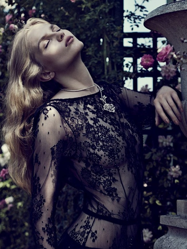 VOGUE RUSSIA Aneta Pajak by Emma Tempest. Margherita Moro, August 2015, www.imageamplified.com, Image Amplified (1)