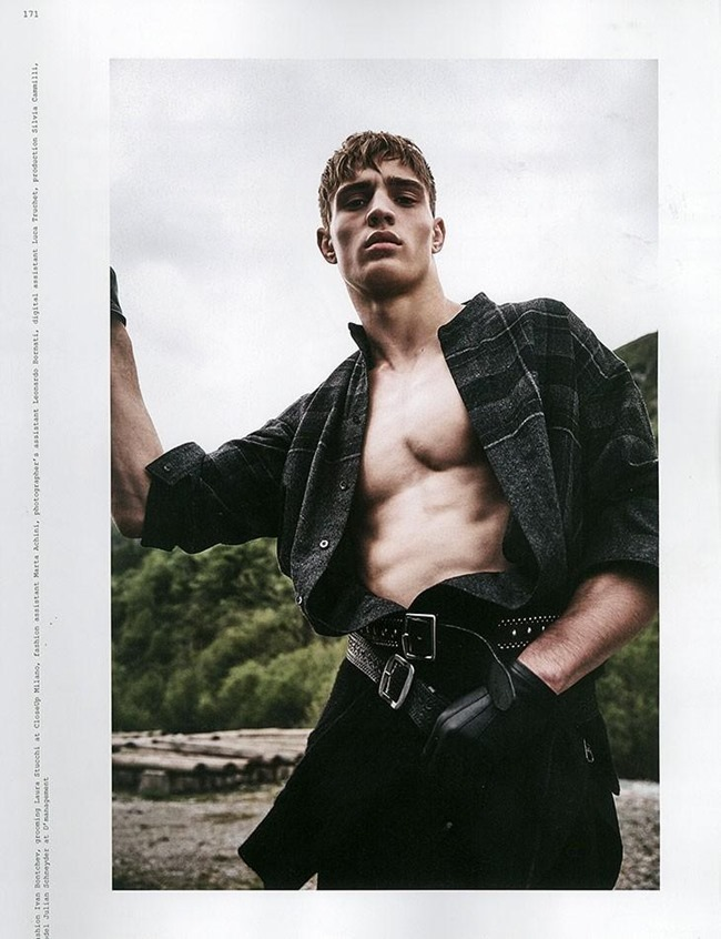 ROLLACOASTER MAGAZINE Julian Schneyder by Adriano Russo. Ivan Bontchev, Summer 2015, www.imageamplified.com, Image Amplified (1)