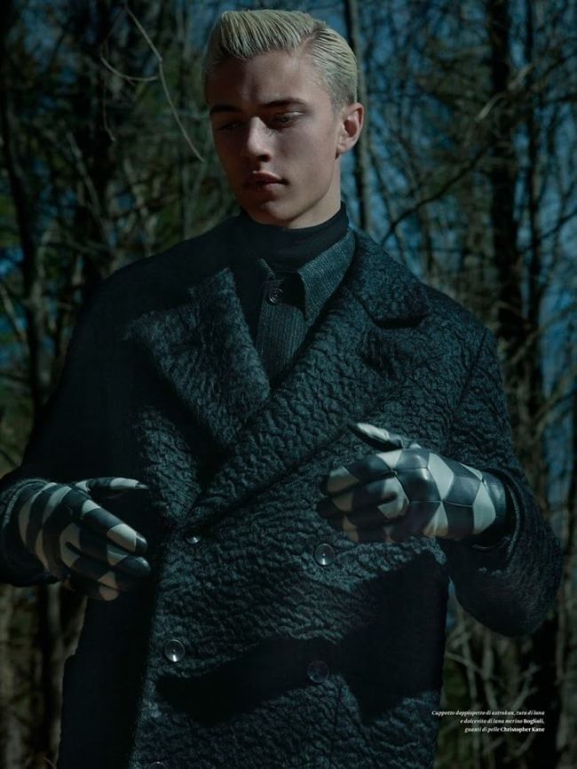 L'OFFICIEL HOMMES ITALY Lucky Blue Smith by Robbie Fimmano. Anders Solvsten Thomsen, Fall 2015, www.imageamplified.com, Image Amplified (9)