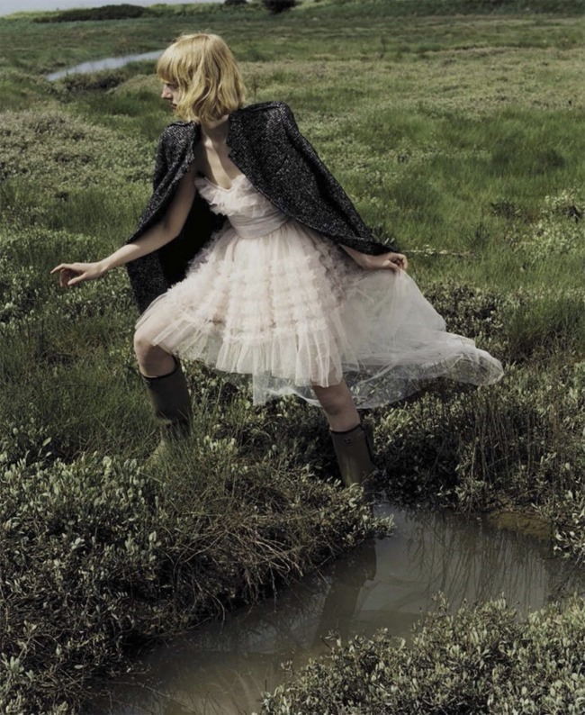 VOGUE ITALIA Stella Lucia by Harley Weir. Jane How, August 2015, www.imageamplified.com, Image Amplified (4)