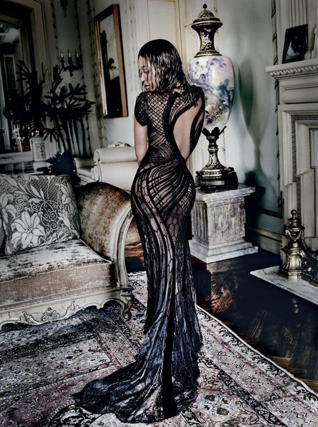VOGUE MAGAZINE Beyonce by Mario Testino. Tonne Goodman, September 2015, www.imageamplified.com, Image Amplified (4)