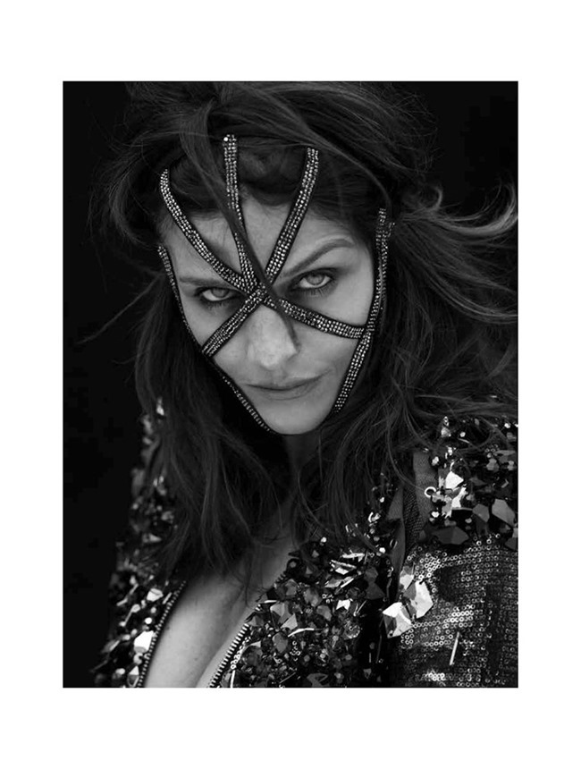 NO TOFU MAGAZINE Helena Christensen by Henrique Gendre. Anna Katsanis, Fall 2015, www.imageamplified.com, Image amplified (7)