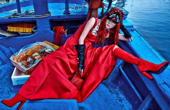 W KOREA Sunghee Kim by Hong Jang Hyun. Gina Jung, September 2015, www.imageamplified.com, Image Amplified (3)