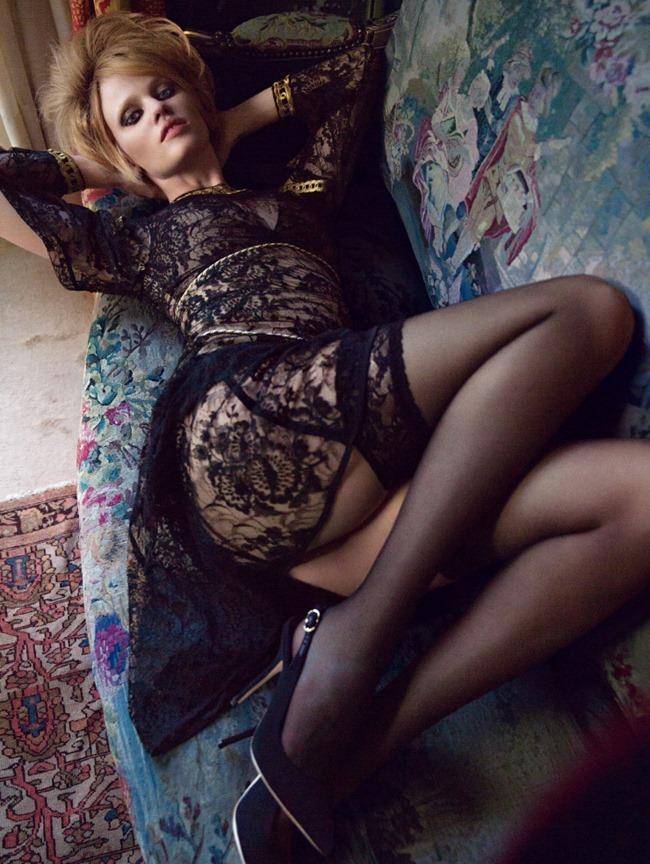 VOGUE UK Lara Stone & Inez & Vinoodh. Kate Moss, October 2015, www.imageamplified.com, Image Amplified (2)