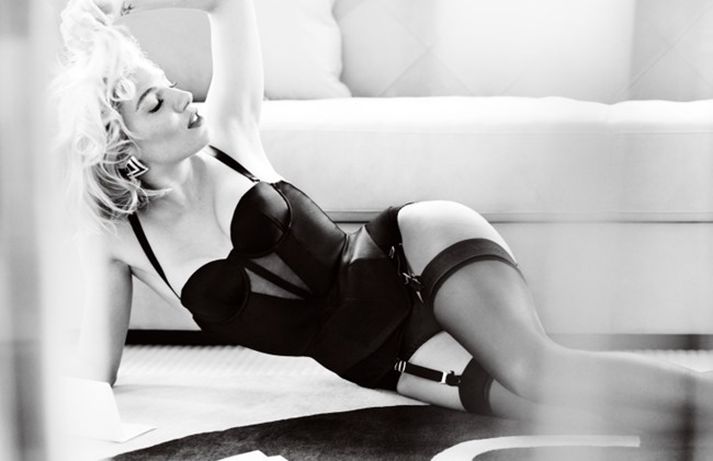 VOGUE UK Sienna Miller by Mario Testino. Lucinda Chambers, October 2015, www.imageamplified.com, Image Amplified (9)