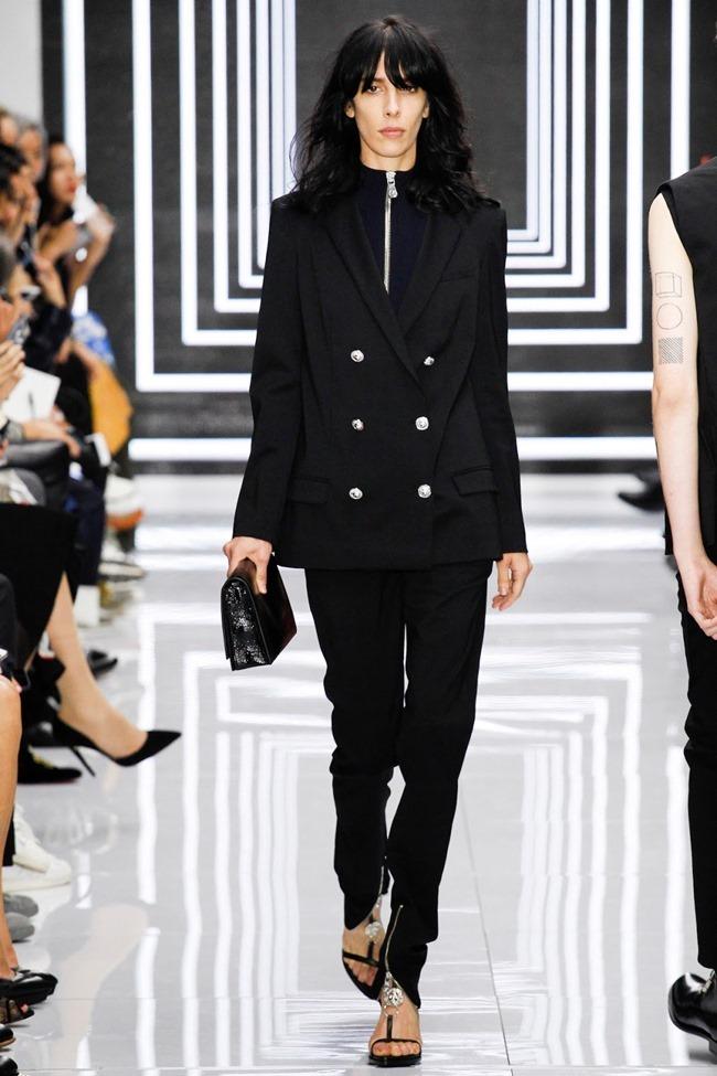 LONDON FASHION WEEK Versus Versace Spring 2016. www.imageamplified.com, Image Amplified (9)