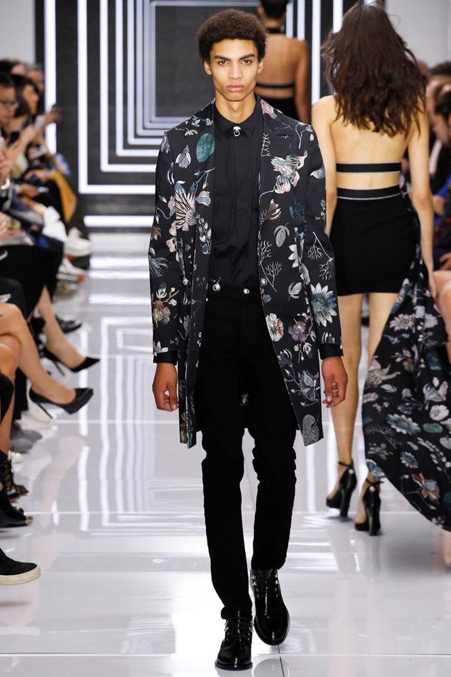 LONDON FASHION WEEK Versus Versace Spring 2016. www.imageamplified.com, Image Amplified (44)