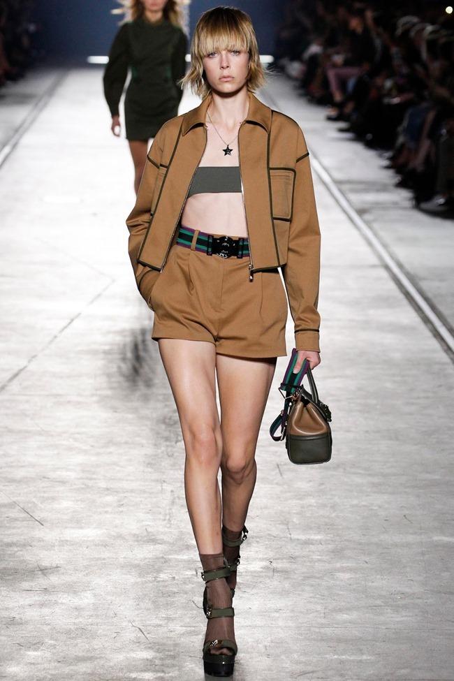 MILAN FASHION WEEK Versace Spring 2016. www.imageamplified.com, Image Amplified (5)