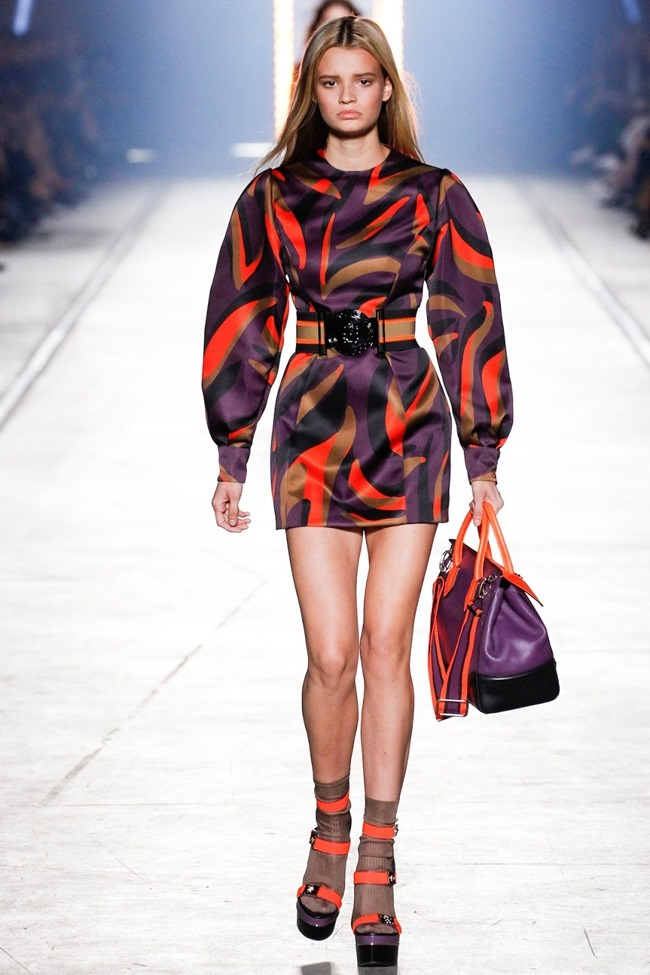 MILAN FASHION WEEK Versace Spring 2016. www.imageamplified.com, Image Amplified (38)