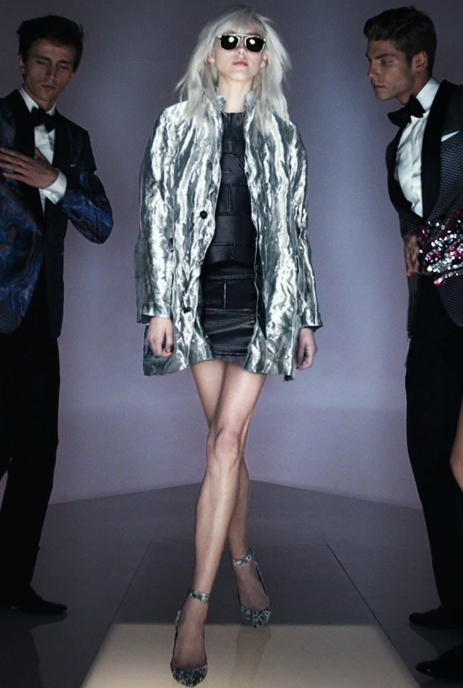 PARIS FASHION WEEK Tom Ford Spring 2016. www.imageamplified.com, Image Amplified (8)