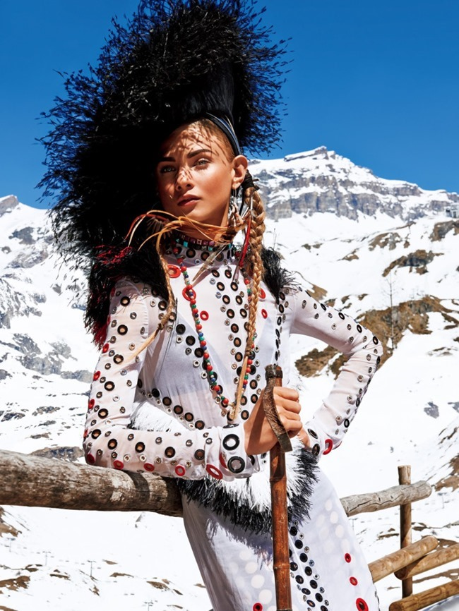 VOGUE JAPAN Sacred Tribes of Mont Cervin by Giampaolo Sgura. Anna Dello Russo, Miguel Arnau, November 2015, www.imageamplified.com, Image Amplified (1)