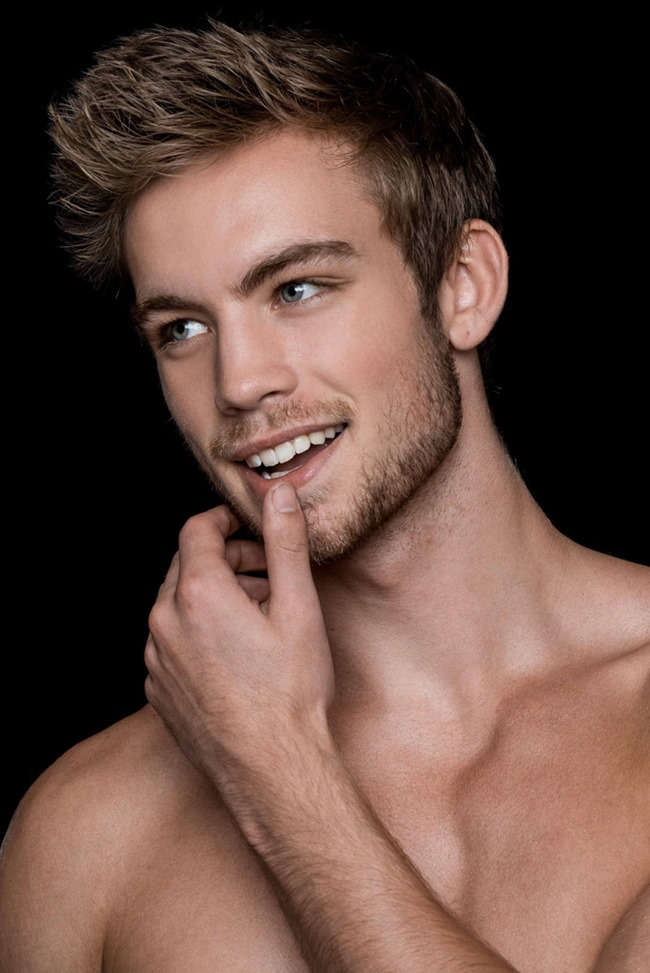MASCULINE DOSAGE Dustin Mcneer by Fritz Yap. Fall 2015, www.imageamplified.com, Image Amplified (8)