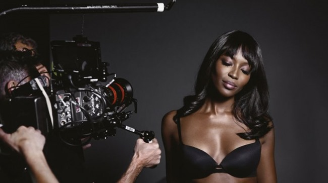 CAMPAIGN Naomi Campbell for I AM NAOMI CAMPBELL 2016 by Mario Testino. www.imageamplified.com, Image Amplified (9)