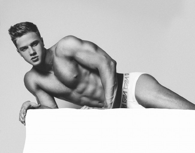 MASCULINE DOSAGE Attila Toth for Garçon Model by Brian Jamie. Spring 2016, www.imageamplified.com, Image Amplified (3)