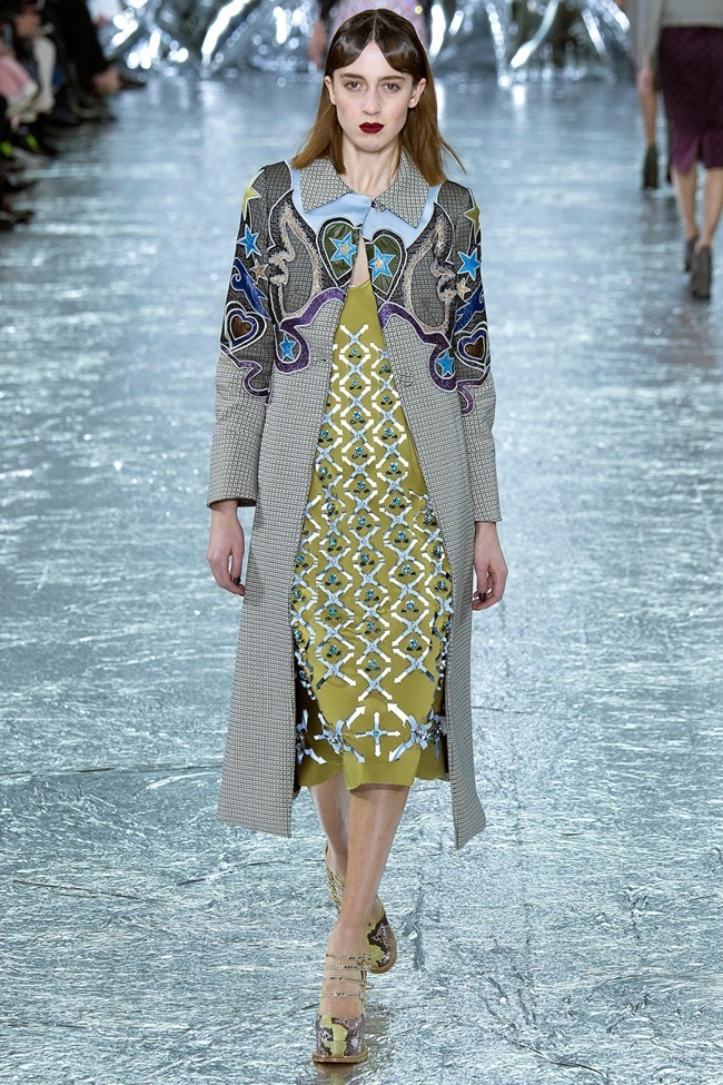 LONDON FASHION WEEK Mary Katrantzou Fall 2016. www.imageamplified.com, Image Amplified (9)