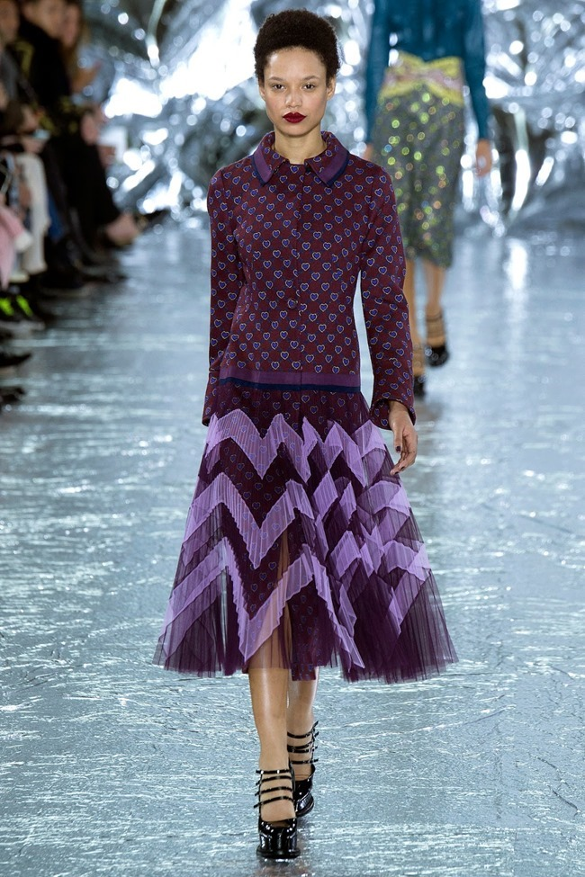 LONDON FASHION WEEK Mary Katrantzou Fall 2016. www.imageamplified.com, Image Amplified (14)