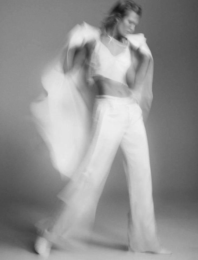 L'EXPRESS STYLE Toni Garrn by Benjamin Lennox. Mika MIzutani, February 2016, www.imageamplified.com, image Amplified (7)