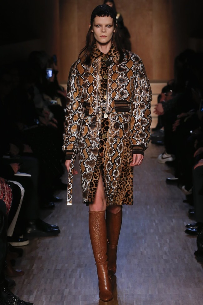 PARIS FASHION WEEK Givenchy Fall 2016. www.imageamplified.com, Image Amplified (42)