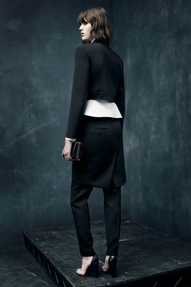 COLLECTION Alexander Wang Pre-Fall 2015. www.imageamplified.com, Image Amplified (22)